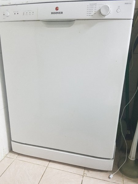 Used Hoover Dishwasher HED 6612 in Dubai, UAE