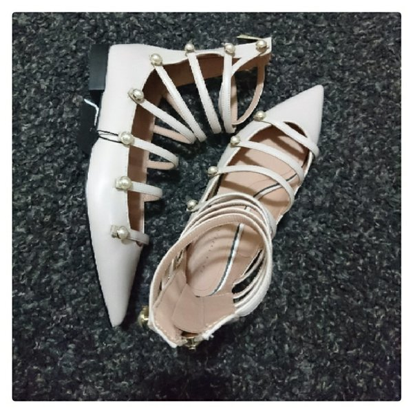 Used Brand New ZARA Nude Color Flats in Dubai, UAE