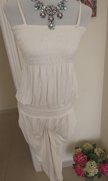 Used Jump Suit. Overall. White Color. Free Si in Dubai, UAE