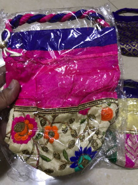 Used 5 pieces of gift/ Jewellery pouches in Dubai, UAE