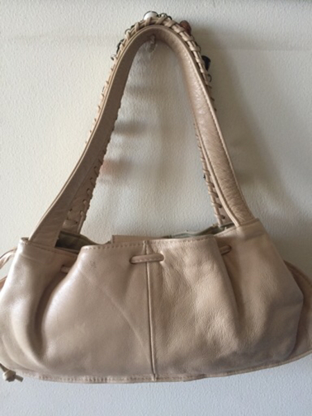 Italy hand bag, used good condition