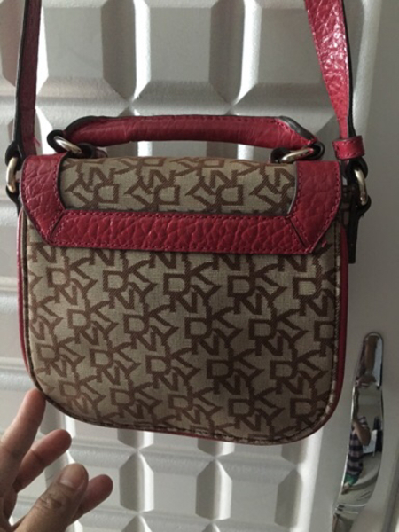 Used DKNY 2-Sling Bags Authentic in Dubai, UAE
