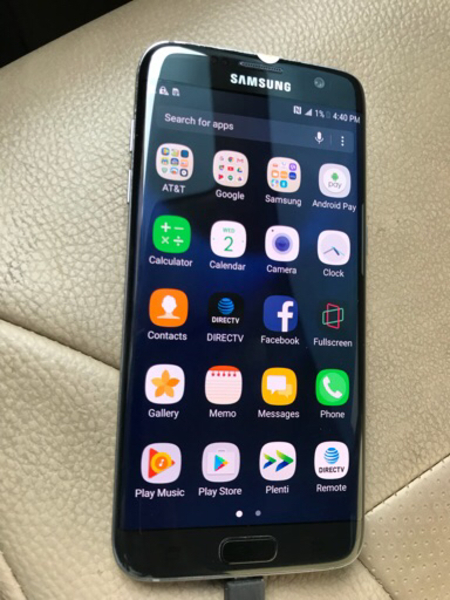 Used Samsung Galaxy S7 Edge 32 black Pearl   in Dubai, UAE