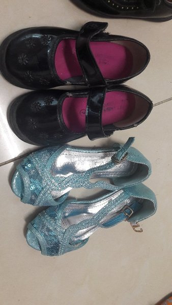 Used Pre loved 7 pairs of shoes for kids in Dubai, UAE