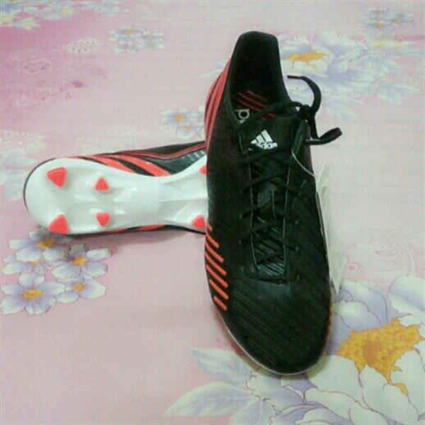 Used Limited Offer. New Adidas X 15.3 IN. Size 42. in Dubai, UAE