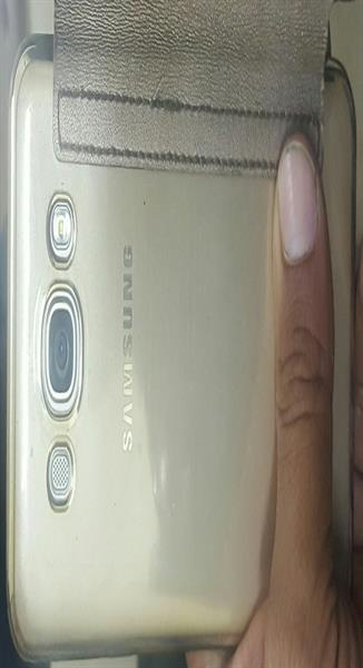 Used Samsung Duos Gold Use Mobile Good Condition  in Dubai, UAE