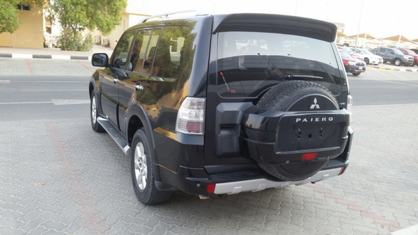 Used Pajiro2010full Option in Dubai, UAE