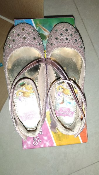 Used Princess shoes in Dubai, UAE