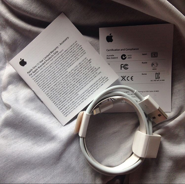 Used Brand New Original Sealed Apple Charging Cable For Sale in Dubai, UAE