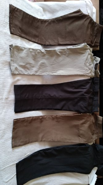 Used 5 pent bundle offer 34 weist in Dubai, UAE