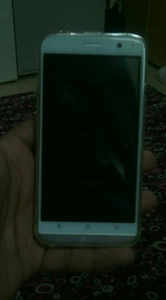 Used Lg Minig5 Only Two Days Used 1 Year Warranty For Shop Full Box And Accessories  in Dubai, UAE