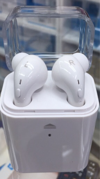 Used Bluetooth Earpods in Dubai, UAE