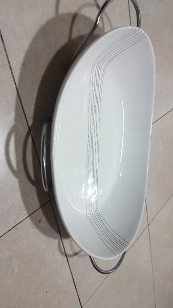 Used Brand new Food Serving dish with stand in Dubai, UAE