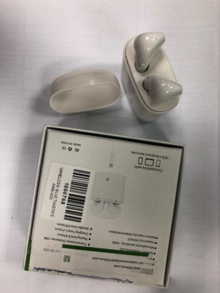 Used Airpod I7 S in Dubai, UAE