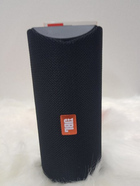 Used Black JBL higher sound speakers ♡. New in Dubai, UAE