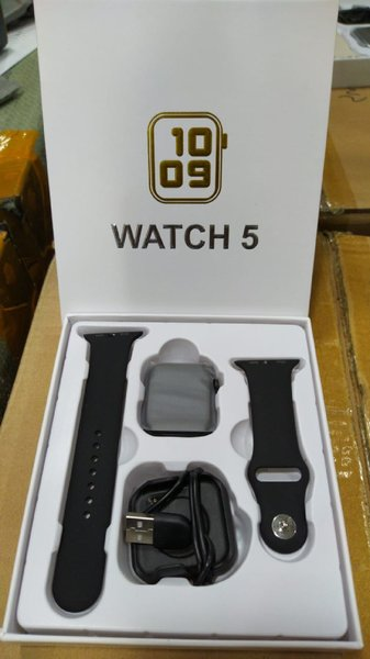 Used New Series 5 Latest Smartwatch in Dubai, UAE