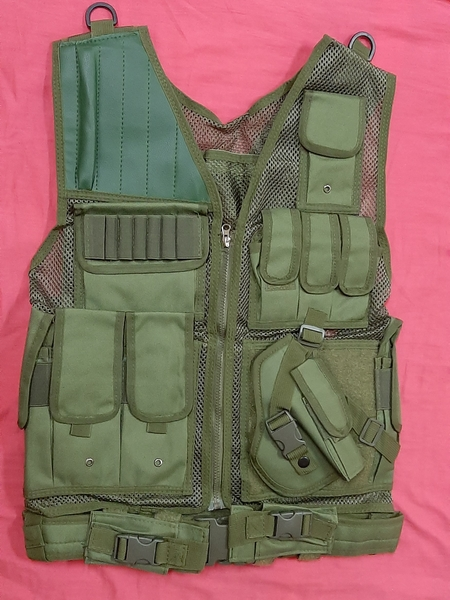 Used Vest protection, green in Dubai, UAE
