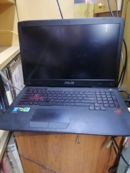 Used Asus  game laptop. Screen not working in Dubai, UAE