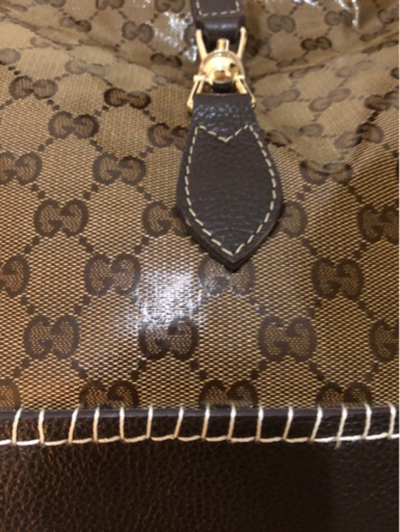 Used Almost brand new Gucci authentic leather in Dubai, UAE