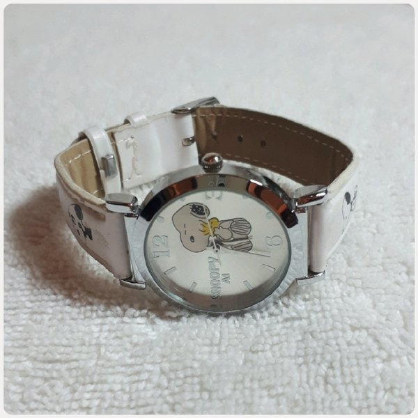 Used White snoopy kids watch in Dubai, UAE