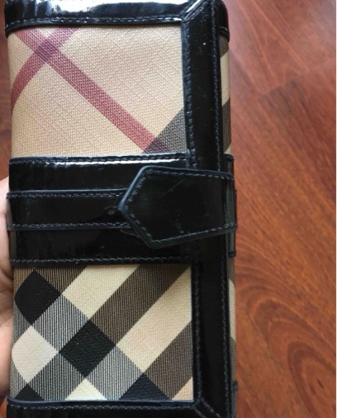 Used Long wallet from Burberry authentic  in Dubai, UAE