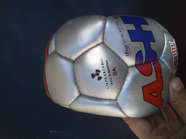 Used Fifa quality footballs in Dubai, UAE
