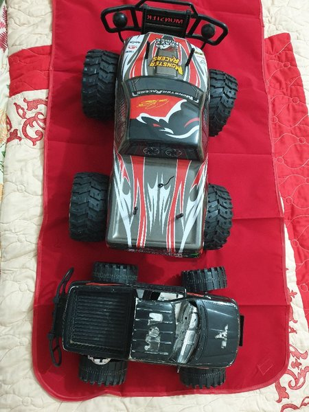 Used Kids toy Big and small car in Dubai, UAE