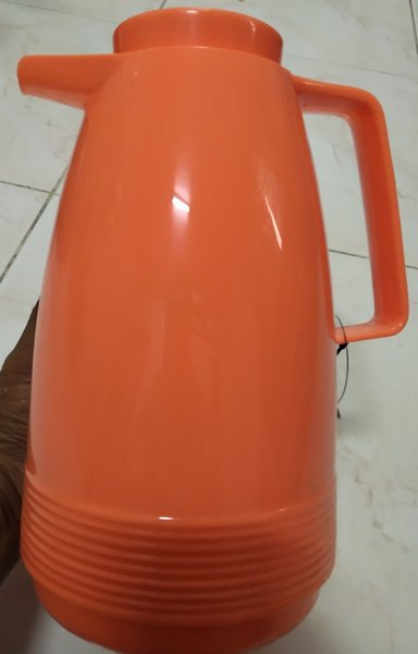 Used Vacuum pot 1 litre in Dubai, UAE