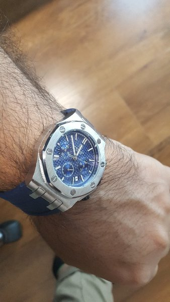 Used Authentic Hemsut Mens Watch in Dubai, UAE