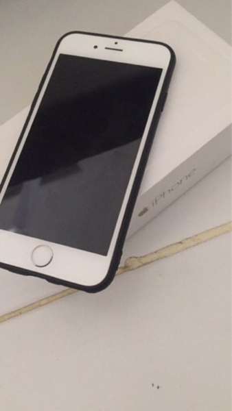 Used iPhone 6 64gb 4G LTE gold with FaceTime in Dubai, UAE