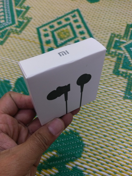 Used Xiaomi mi headphone new ua in Dubai, UAE