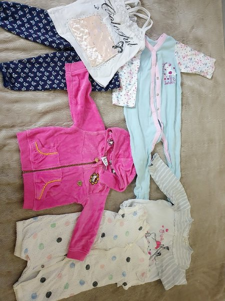 Used Mix clothes/6 to 1 years old in Dubai, UAE