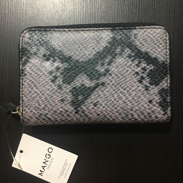 Used MANGO WALLET ZIPAROUND in Dubai, UAE