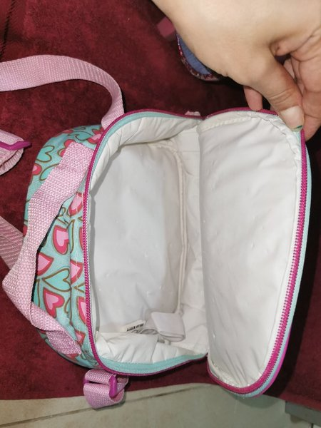 Used School trolley bag & lunch kids food box in Dubai, UAE