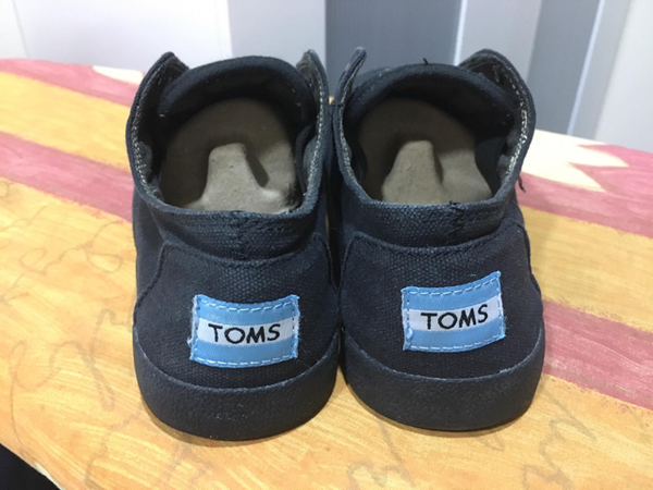 Used Toms Canvass Shoes in Dubai, UAE