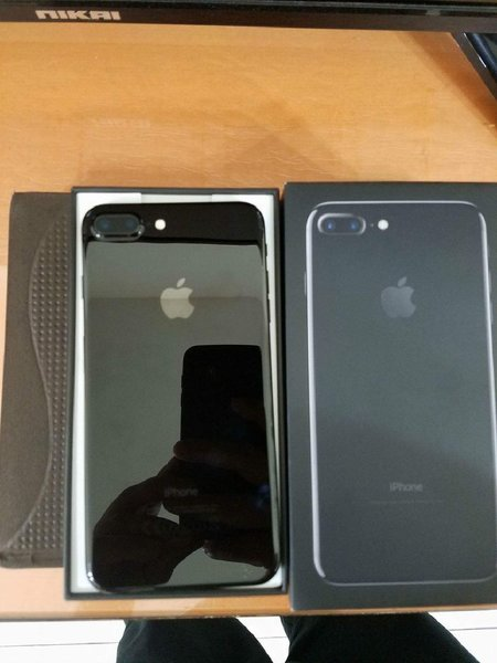 Used IPhone 7 plus- replica in Dubai, UAE