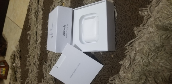 Used Airpods 2 (Premuim Copy) in Dubai, UAE