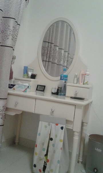 Used Dressing table with 2 drawers in Dubai, UAE