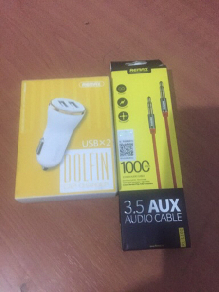 Used Remax car charger&audio cable  in Dubai, UAE