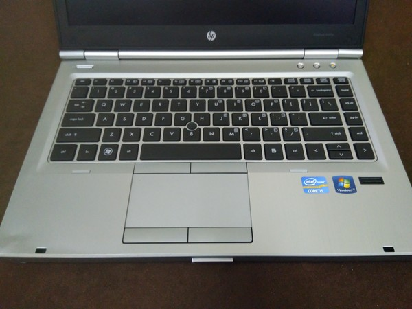 Used HP EliteBook 8460p Core i5 AMD Radeon in Dubai, UAE