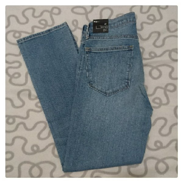 Used Brand New Gap Jeans ❤ Size 27 in Dubai, UAE