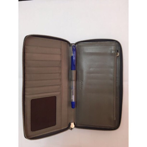 Used PEDRO wallet in Dubai, UAE