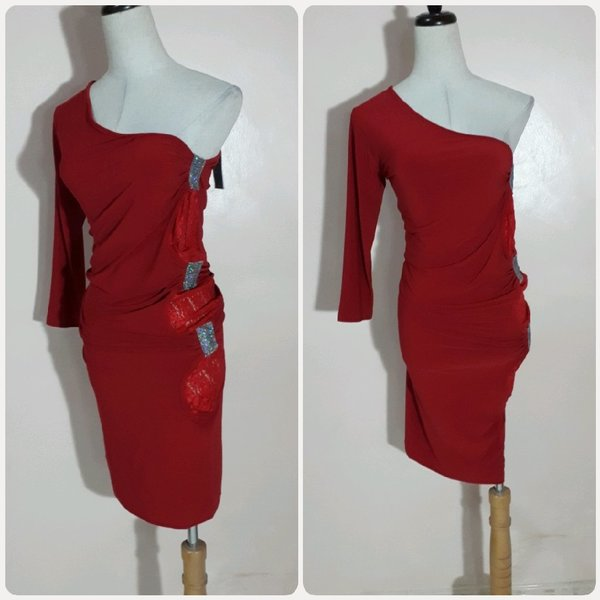 Used Red Amazing short dress in Dubai, UAE