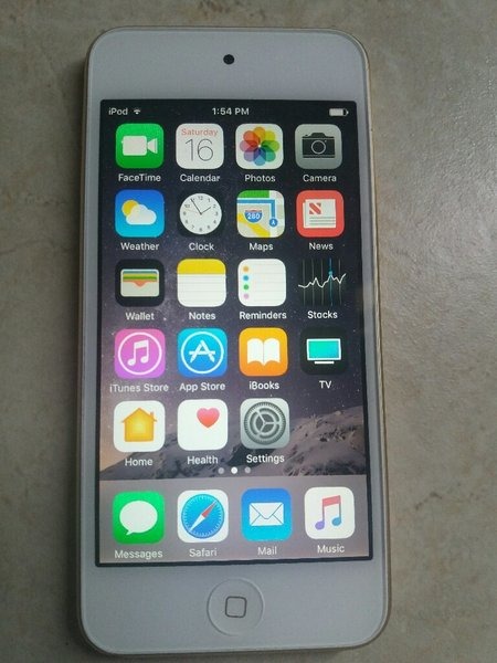 Used Ipod Touch 6th Gold  in Dubai, UAE