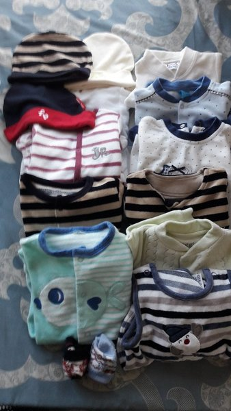 Used baby rompers and body in Dubai, UAE
