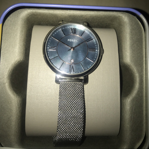 Used Authentic Fossil Watch For Her in Dubai, UAE