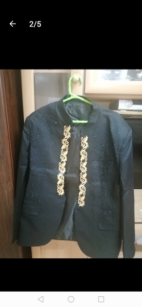 Used Men's embroidery Blazer suit with pant.. in Dubai, UAE