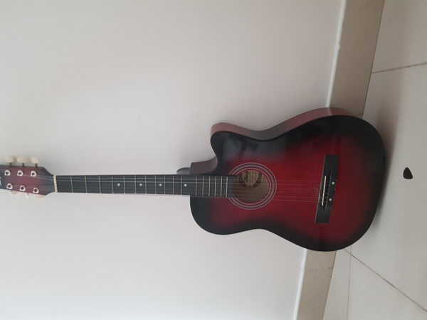 Used Guitar for sale in Dubai, UAE