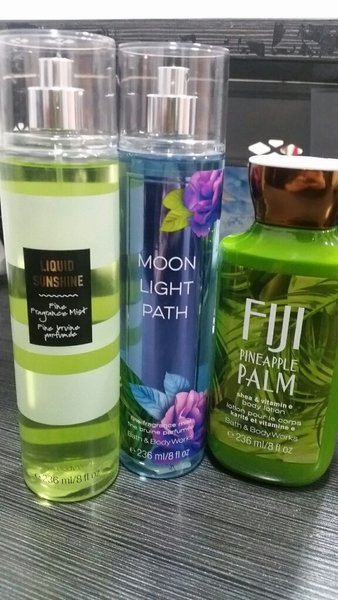 Used Sets for her bath and body in Dubai, UAE