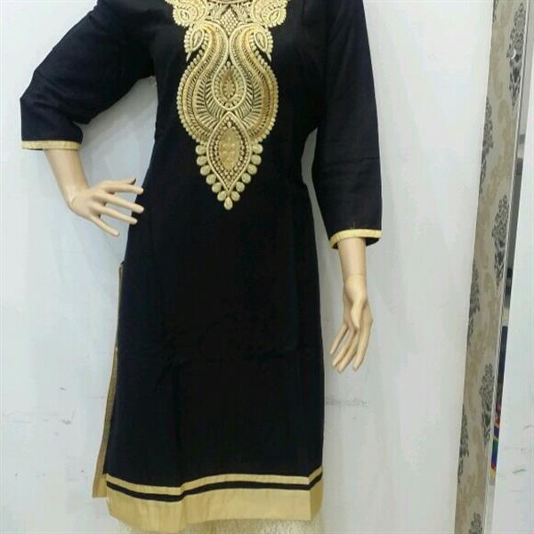 Used designer kurti  (ryon fabric) with matching leggings in Dubai, UAE